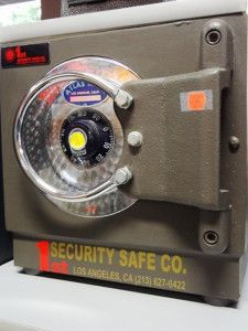 Non TL Rated Burglary Resistant Steel Plate Safes, Used Safes #28 – 1st Security